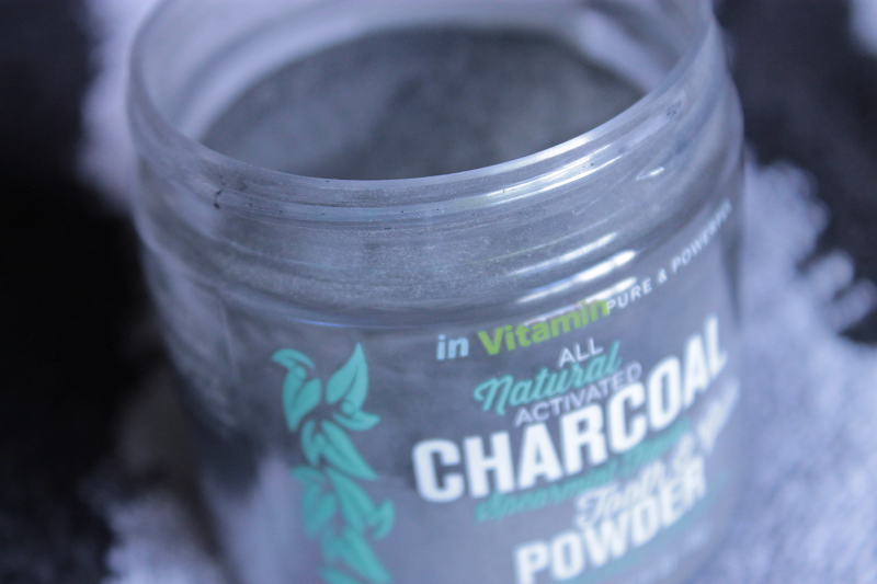 inVitmain All Natural Charcoal Tooth and Gum Powder