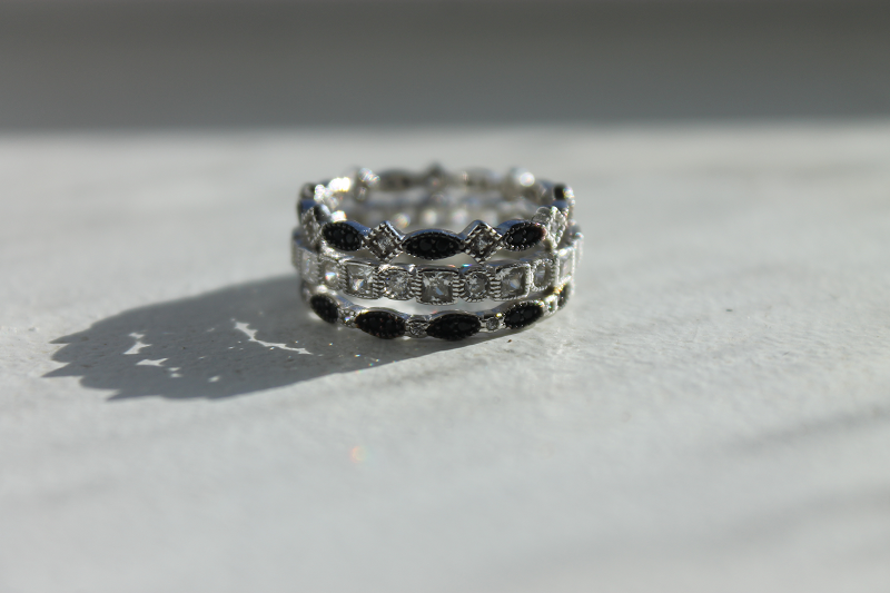 Stackable bands from Everly