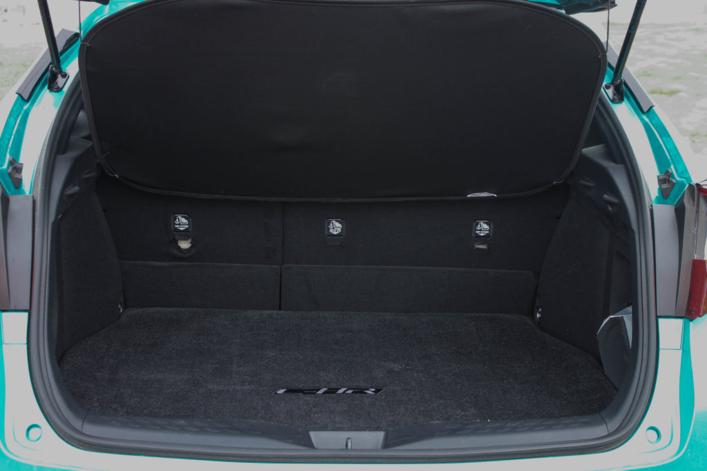 2018 Toyota C-HR XLE Trunk