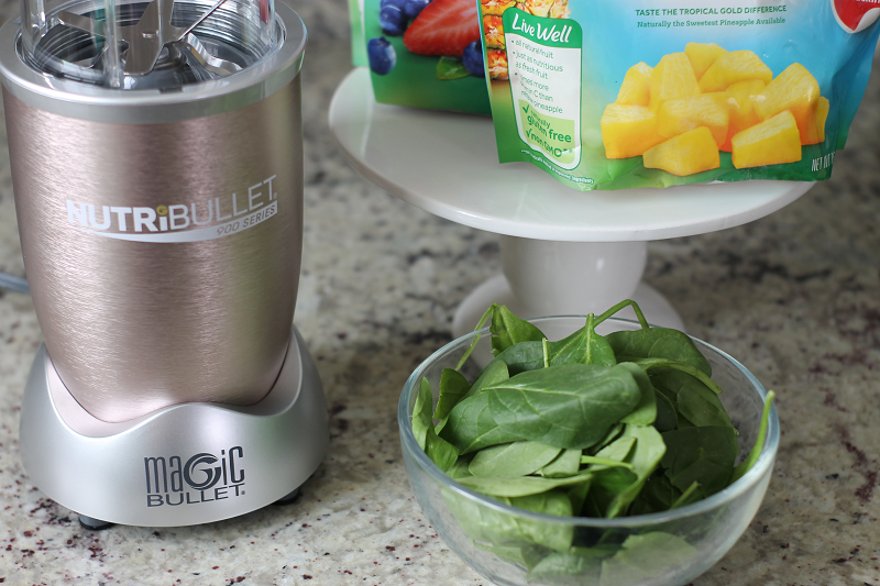 NutriBullet Pro 900 Series with veggies and fruits